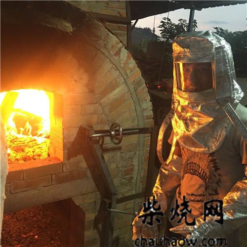 如何烧制现代柴窑