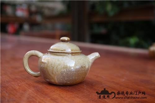 建水紫陶柴烧壶与普通紫陶壶的区别