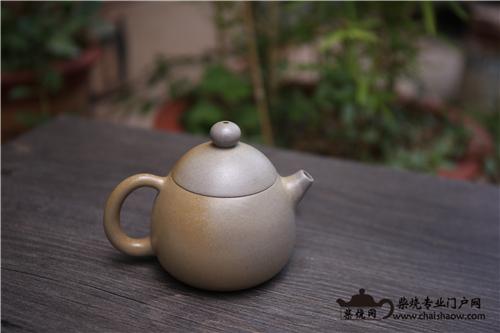 白陶柴烧壶容易脏,该如何养护?