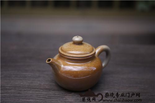 柴烧 | 建水紫陶柴烧与建水白陶柴烧的区别