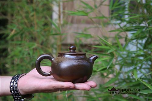 柴烧壶、普洱茶相生相恋