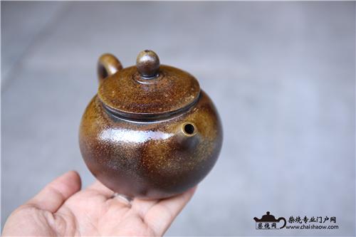择一称心如意的柴烧茶器相伴一生