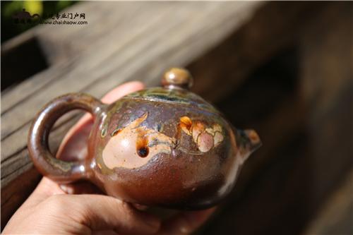 建水紫陶柴烧壶赏析