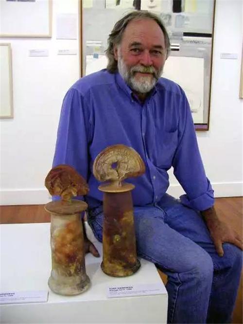 陶瓷艺术大师Owen Rye的柴烧乐趣