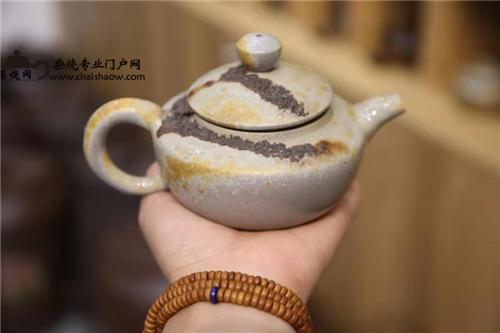 柴烧茶具 | 柴烧壶都有哪些功效呢?