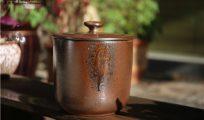 现代柴烧是如何运用古老的技艺来诠释朴素之美