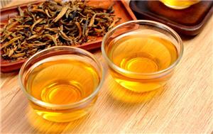 喝茶养生,品茶养性,合适的时间喝茶对人体健康很重要