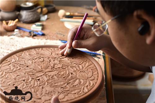 建水紫陶根艺浅浮雕工艺