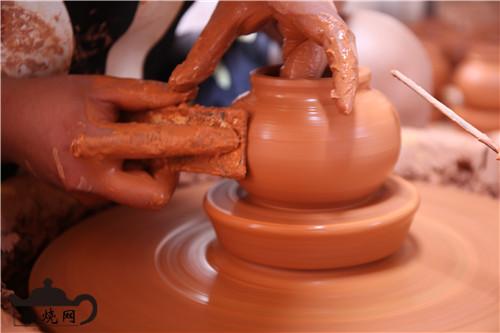 建水紫陶粗修坯工艺