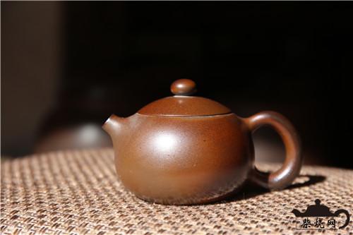 什么是具有收藏价值的建水紫陶茶具?
