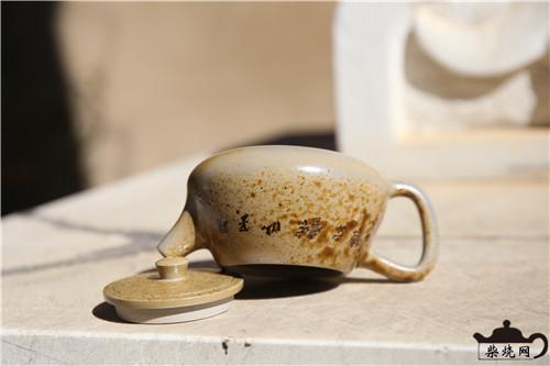 用建水紫陶壶如何泡好普洱茶?