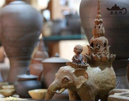 西双版纳傣陶的历史及其现状