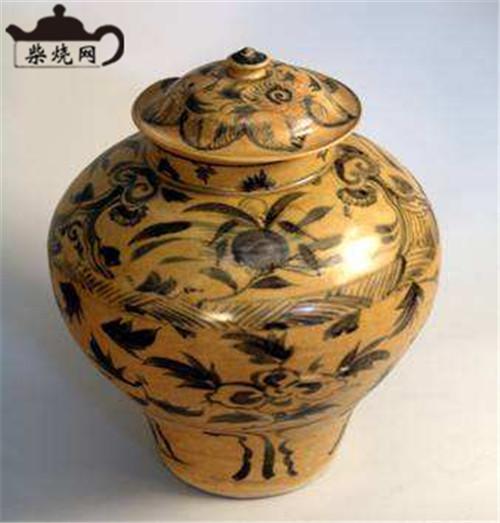云南陶瓷建水青花的制作工艺
