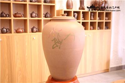 为什么那么多人选用建水紫陶柴烧茶叶罐存储普洱茶